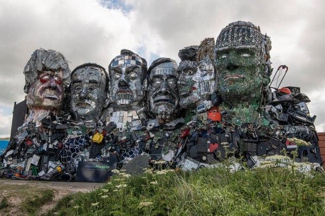 Reciklirao Džonsona, Makrona, Merkel FOTO