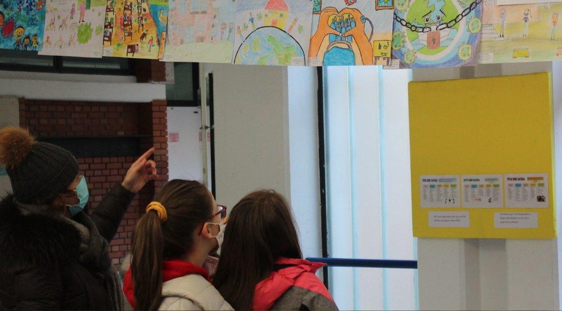 Region: Srednjoškolci i studenti u Republici Srpskoj vraćaju se na nastavu, i Slovenija ublažava mere; Crna Gora: Ohrabrujući podaci