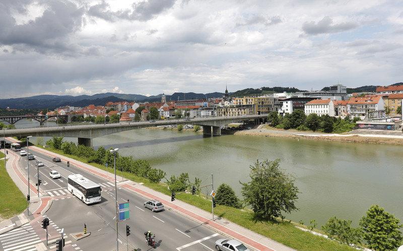 Region: U Crnoj Gori vakcinsano 6,1 odsto stanovništva; Banjaluka: Ukinuto obavezno nošenje maske na otvorenom