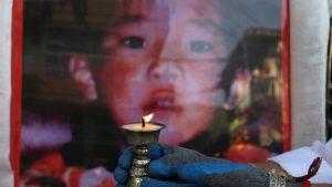 """""""Reinkarnirani"""" lider tibetanskog budizma koji je nestao pre 25 godina kada je bio šestogodišnjak"""