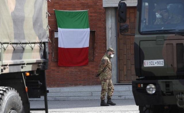 Reportaža iz Italije: Utihnule pesme sa balkona, ljudi se plaše gladi VIDEO