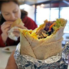 Restorani u Njujorku MASOVNO PROPADAJU: Minimalac 15 dolara, radnici zavise od napojnica
