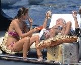 Roberto Kavali (80) devojci mlađoj 47 godina za rođendan kupio ostrvo