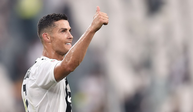 Ronaldo bio aktivan u pauzi i van terena