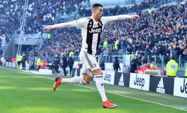 Ronaldo i Nejmar u bokserskom ringu! (video)