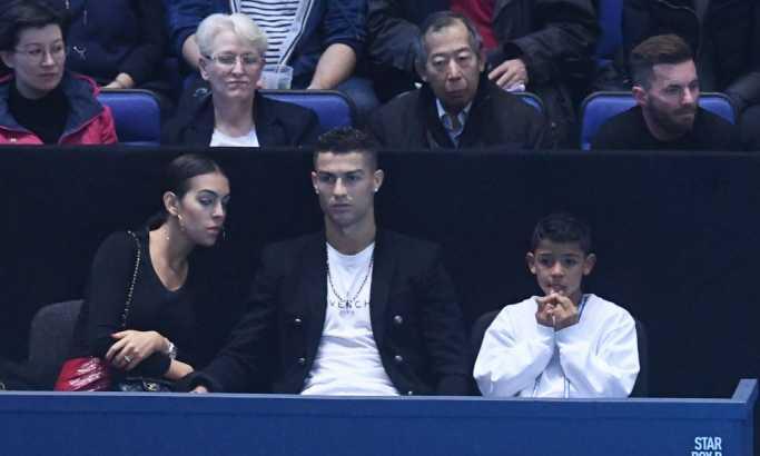 Ronaldo odveo porodicu u teretanu, pa se pohvalio zanimljivim snimkom (VIDEO)