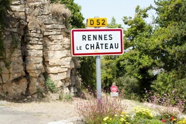 Rupa u ovom francuskom selu može da znači samo jedno