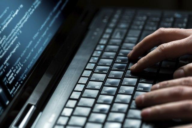 Rus priznao, poruka hakerima: FBI će vas goniti