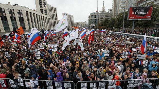 Rusija, demonstrant osuđen na tri i po godine zatvora