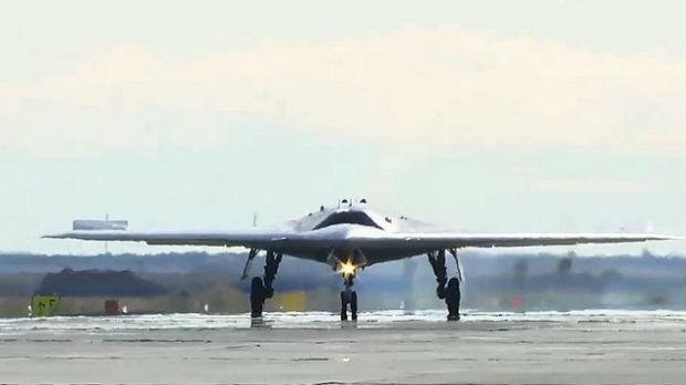 Rusija razvija borbeni dron Ohotnik