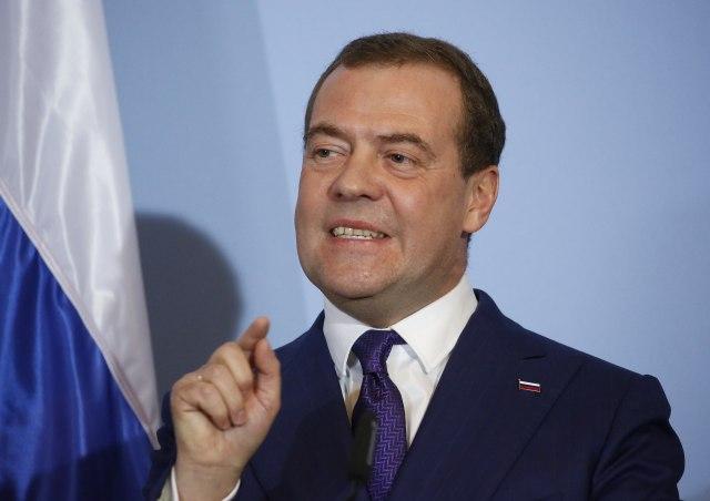 Rusija upozorava: Nemoguće dogovarati se i istovremeno zahtevati pare