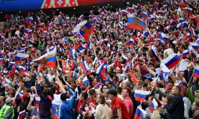 Rusija vodi 2:0 na poluvremenu