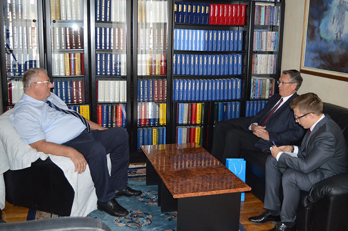 Ruski ambasador Aleksandar Čepurin posetio Srpsku radikalnu stranku