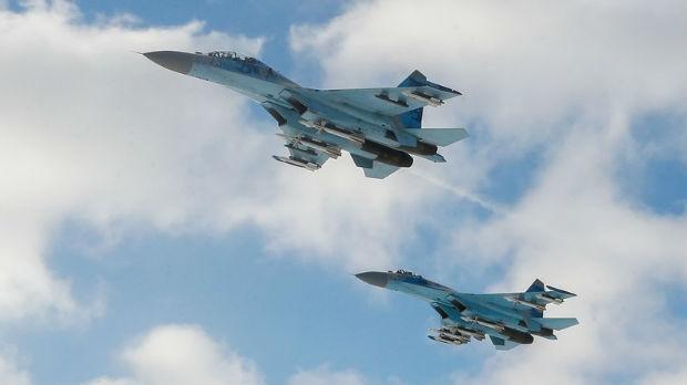 Ruski lovac i američki bombarder oči u oči iznad Crnog mora