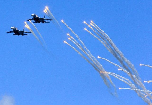 Ruski iljušin oboren greškom, ostavljen na liniji vatre