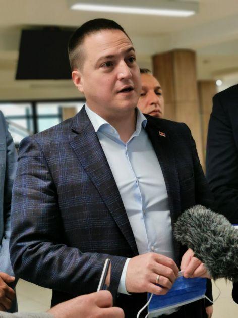 Ružić u Novom Pazaru: Drakonske kazne za one koji se usude poigrati s testovima male mature