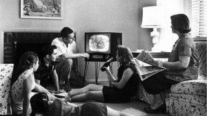 SAD (6): Masovno gledanje televizije