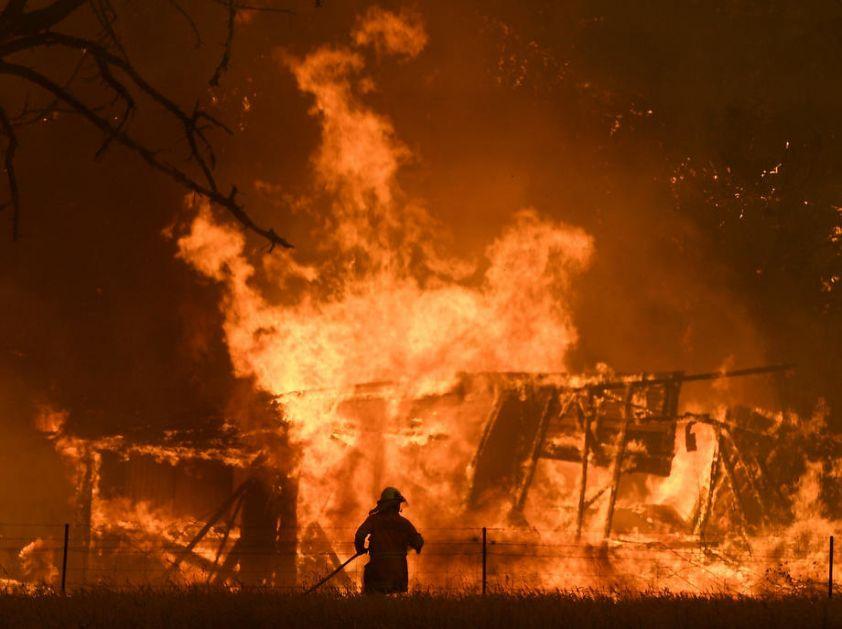 SAD: Eksplozija u fabrici hemijskih proizvoda
