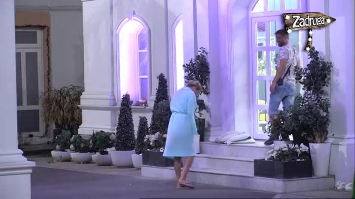 SAD ILI NIKAD! Marko zapevao Luni dok su plesali, ona zahtevala da je zaprosi! (VIDEO)