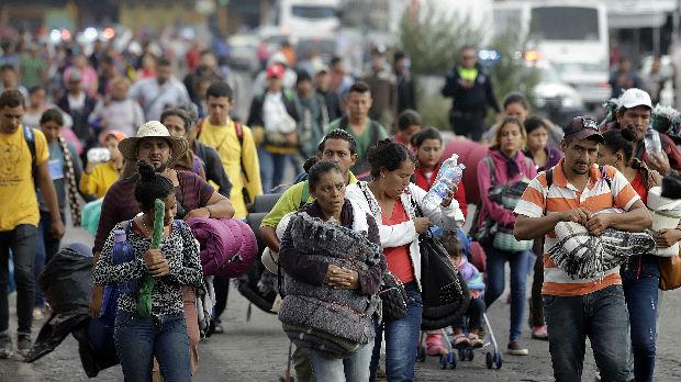 SAD: Migranti odlučili da nastave ka Meksiko Sitiju