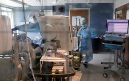 SAD: U poslednja 24 sata 830 preminulih od koronavirusa