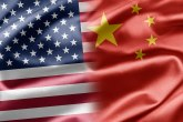 SAD izuzele od tarifa kineske lampice za jelku, slamčice, pseće povoce...
