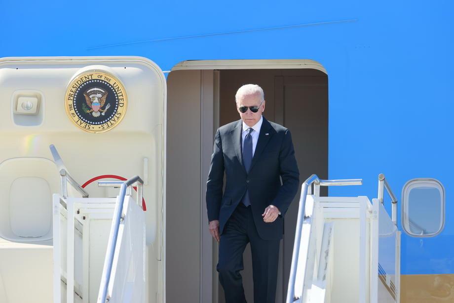SAD razmatraju mogućnost sastanka Bajdena i Sija