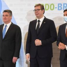 SAMIT BRDO-BRIONI KOD KRANJA - SASTANAK LIDERA: Vučić boravi u Republici Sloveniji (FOTO)