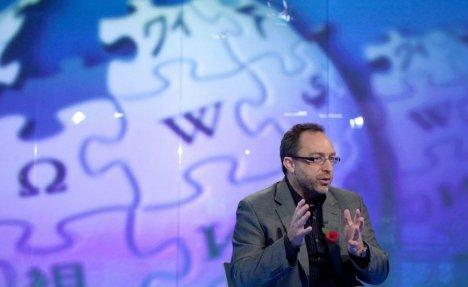 SAMO IZMIŠLJAJU I BAVE SE SENZACIJAMA: Vikipedija zabranila korišćenje najčitanijeg portala na svetu