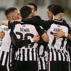 ŠAMPION OZBILJNO ZAGRIZAO: Crveno-beli žele fudbalera Partizana