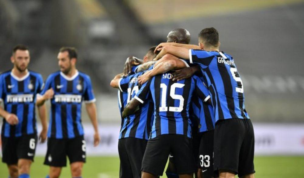 ŠAMPION TEK PETI: Vidal i Barela za pobedu Intera nad Juventusom