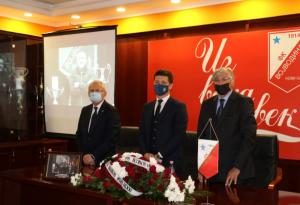 ŠAMPIONI NIKADA NE UMIRU: Cela Srbija tuguje – održana komemoracija povodom smrti Milana Kosanovića!