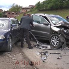 SAOBRAĆAJKA U NOVOM PAZARU: Povređene tri osobe, među njima i petogodišnja devojčica (VIDEO)