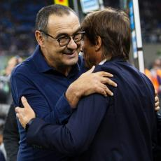 SARIJU I KONTEU SE DRMA KLUPA: Juventus i Inter pikirali istog trenera! (FOTO)