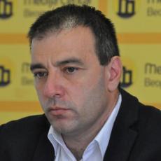 SAŠA PAUNOVIĆ ĆUTI! Odakle načelnici Danijeli Radonjić apartmani u Grčkoj?