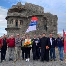 SEĆANJE NA NAŠE HRABRE PRETKE I SLAVNU ISTORIJU: Na Zebrnjaku služen parastos junacima Kumanovske bitke (FOTO)