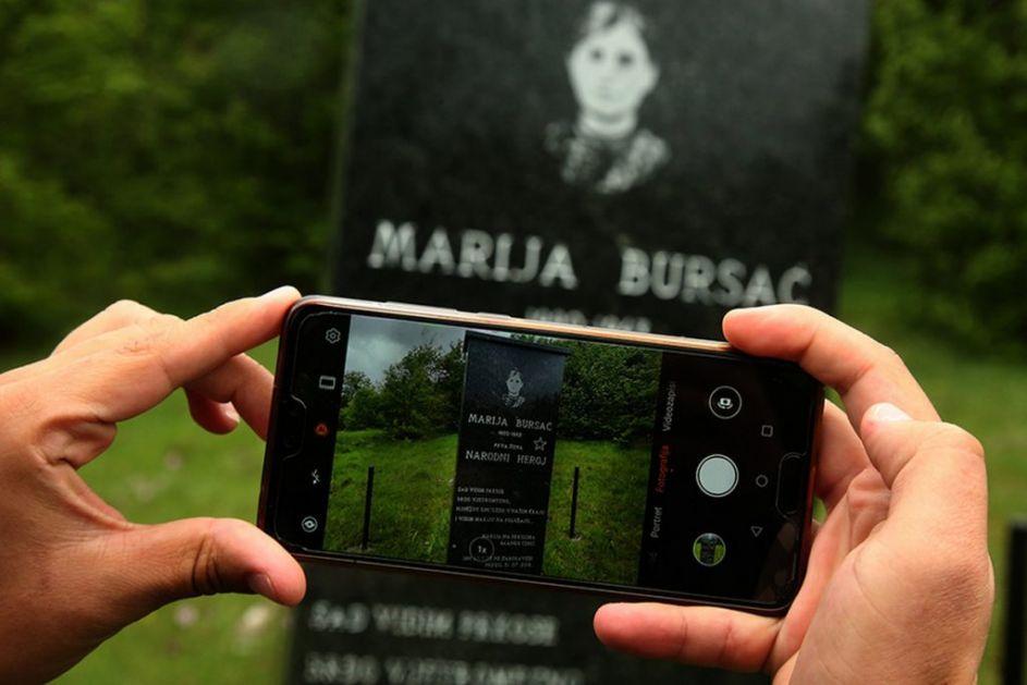 SEDMORO POVRATNIKA POSLEDNJA STRAŽA U SELU SLAVNE PROŠLOSTI Poznato po herojstvu Marije Bursać, još prkosi izumiranju i gašenju
