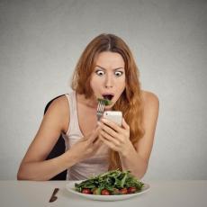 SELFI DIJETA: Evo kako pravljenje SELFIJA pomaže u gubljenju kilograma!