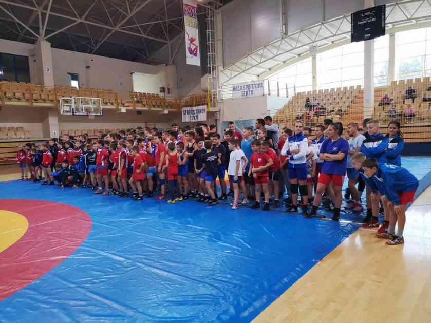 SENTA RAĐA ŠAMPIONE: Rvači iz Vojvodine dominirali na turniru Nikola Vukov!