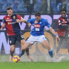 SERIA A: Napoli se umalo utopio protiv Đenove, tri boda uz pomoć autogola (VIDEO)