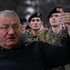 ŠEŠELJ RUŠI ALBANSKE SNOVE: Ako formiraju vojsku, Srbija da od Putina i Kineza traži SAMO JEDNO!