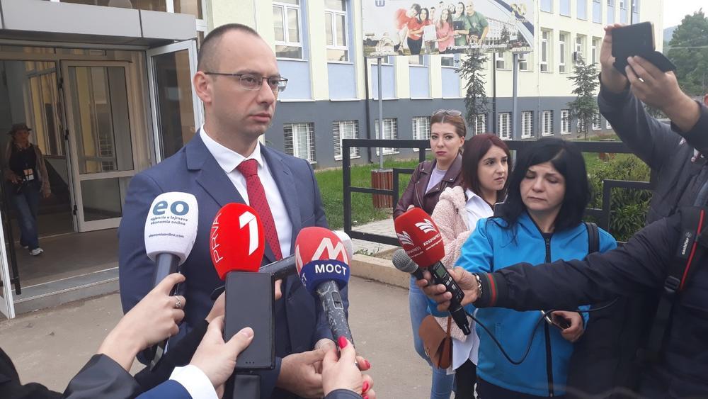 SIMIĆ: Hapšenje Gorana Stanišića dokaz da je počeo pritisak na Srbe