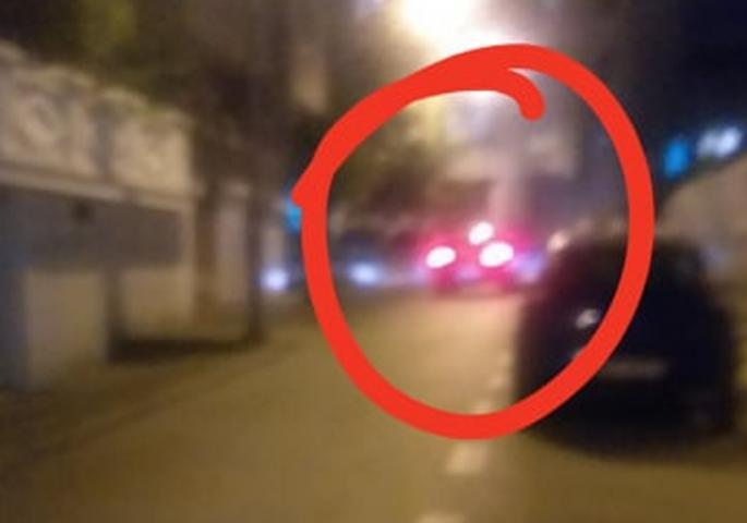 """SIVI """"PORŠE"""" PONOVO TUTNJI VRAČAROM, POLICIJA ČUVA PODRUČJE: Neverovatne scene na mestu bombaškog napada!"""