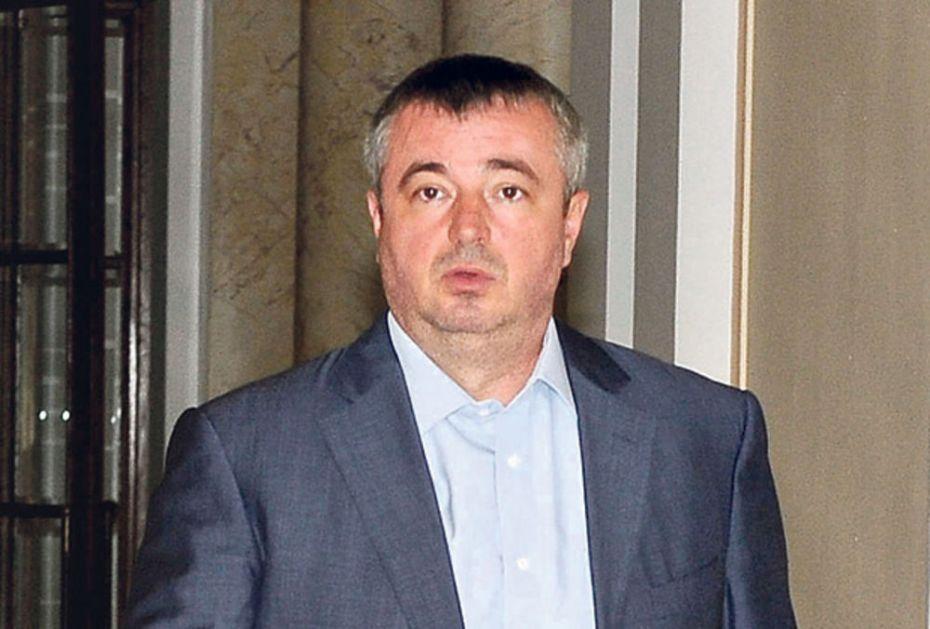 SKANDAL: Bajatović godinama lagao da je završio Ekonomski fakultet u Subotici!