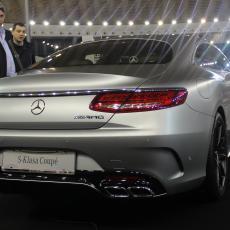 SKANDAL DRMA GIGANTA: Mercedes povlači 774.000 vozila! Ovako su varali na testovima!