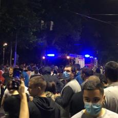 SKUPINA NEODGOVORNIH SPREMNA DA UGROZI PRAVA OSTALIH GRAĐANA SRBIJE Joksimović: Skandalozna upotreba nasilja