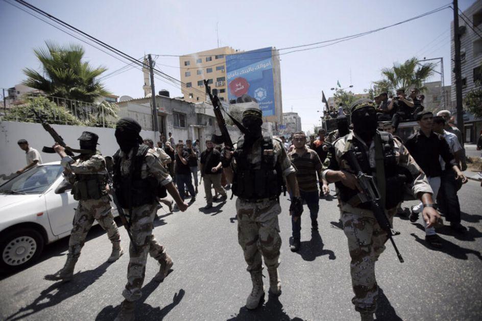 SLAVLJE NA ULICAMA, RUKA NA OBARAČU: Počelo primirje Izraela i Hamasa posle 11 dana sukoba