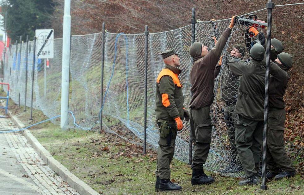 SLOVENIJA KOPIRA ITALIJU: Na granici sa Hrvatskom diže  40 kilometara dugu ogradu, izvođač firma iz Srbije
