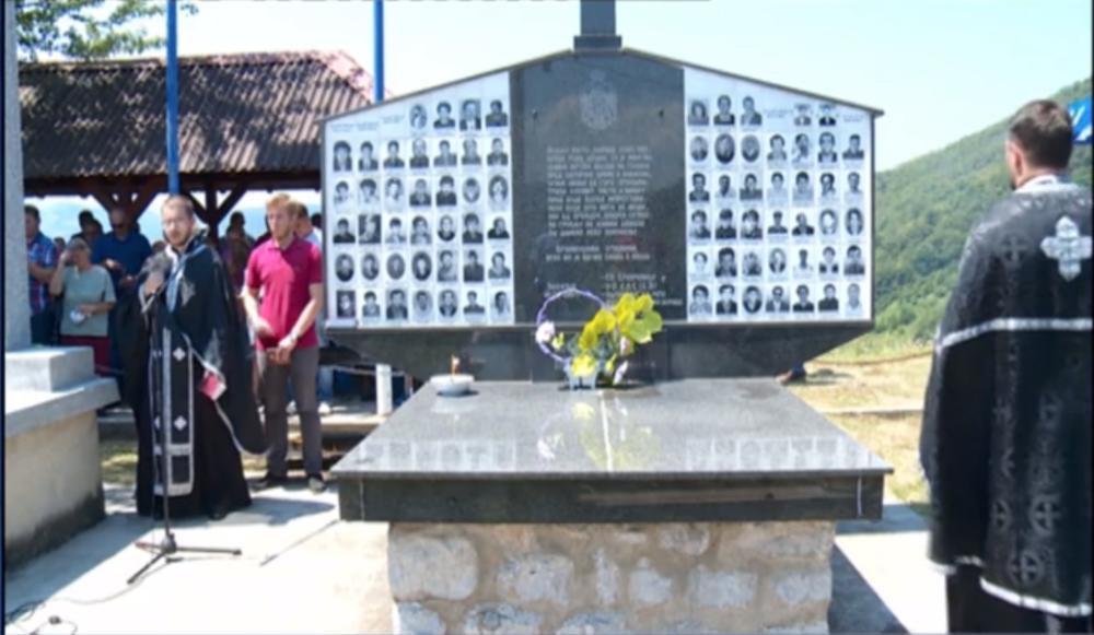 SLUŽEN POMEN SRPSKIM ŽRTVAMA NA ZALAZJU: Obeleženo sećanje na ubijene Srbe u srebreničkim i bratunačkim selima (FOTO)