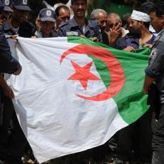 SNAGE BEZBEDNOSTI OSUJETILE ZAVERU U ALŽIRU: Optužili dve države da podržavaju separatiste